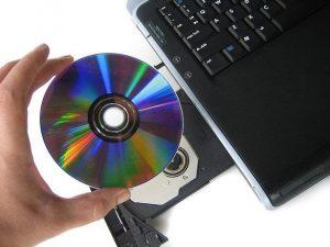 Ilustrasi Burning CD