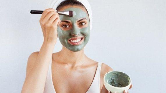 5 Manfaat Masker Spirulina untuk Kulit Kering